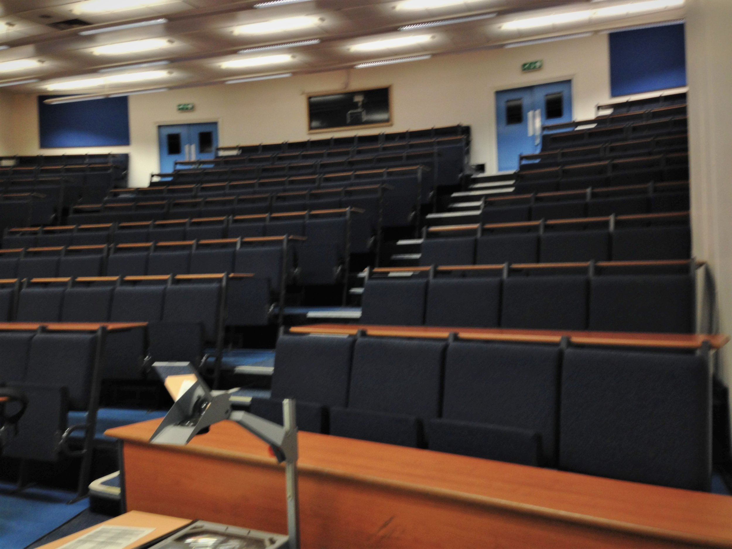 Mechanical Engineering Lecture Theatre B before works commenced.