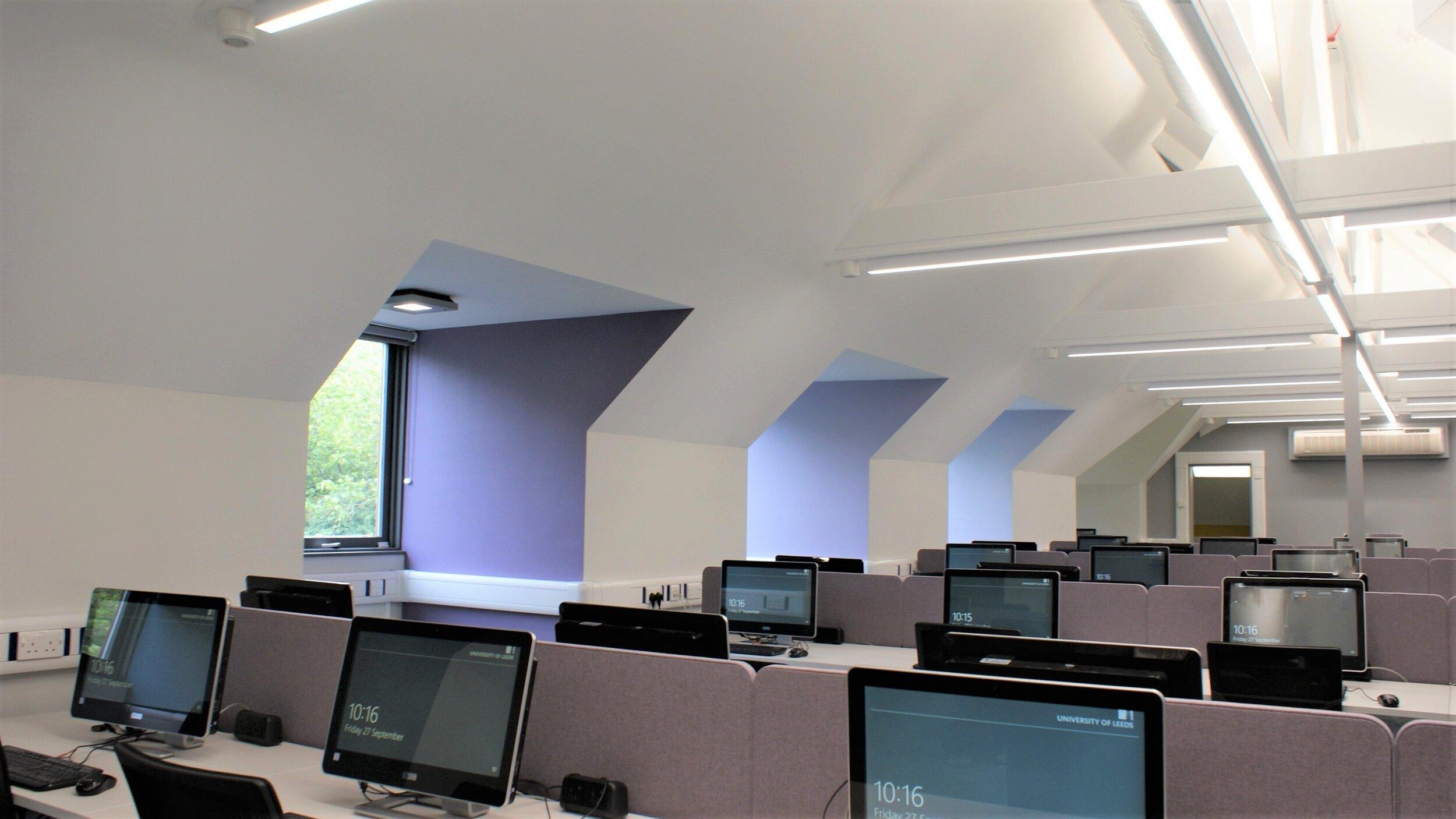 Business School, Computer Cluster Suite - Education