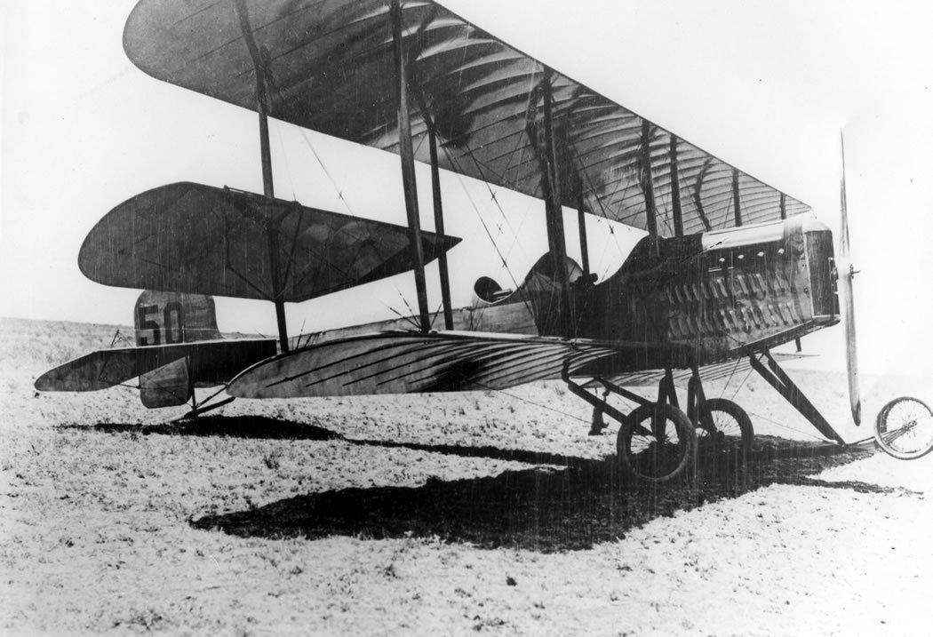 A 1914 Martin T tractor biplane.