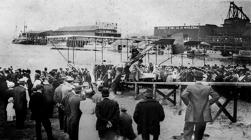 Maroney with his Curtiss Hydroplane. (Everett Public Library)