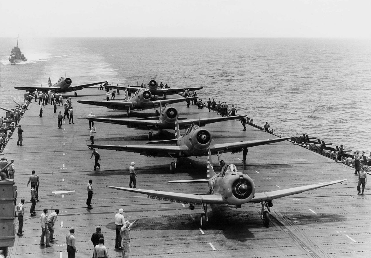 Douglas Devastator and Dauntless dive bombers on the deck of a carrier during WWII.  (National Archives)