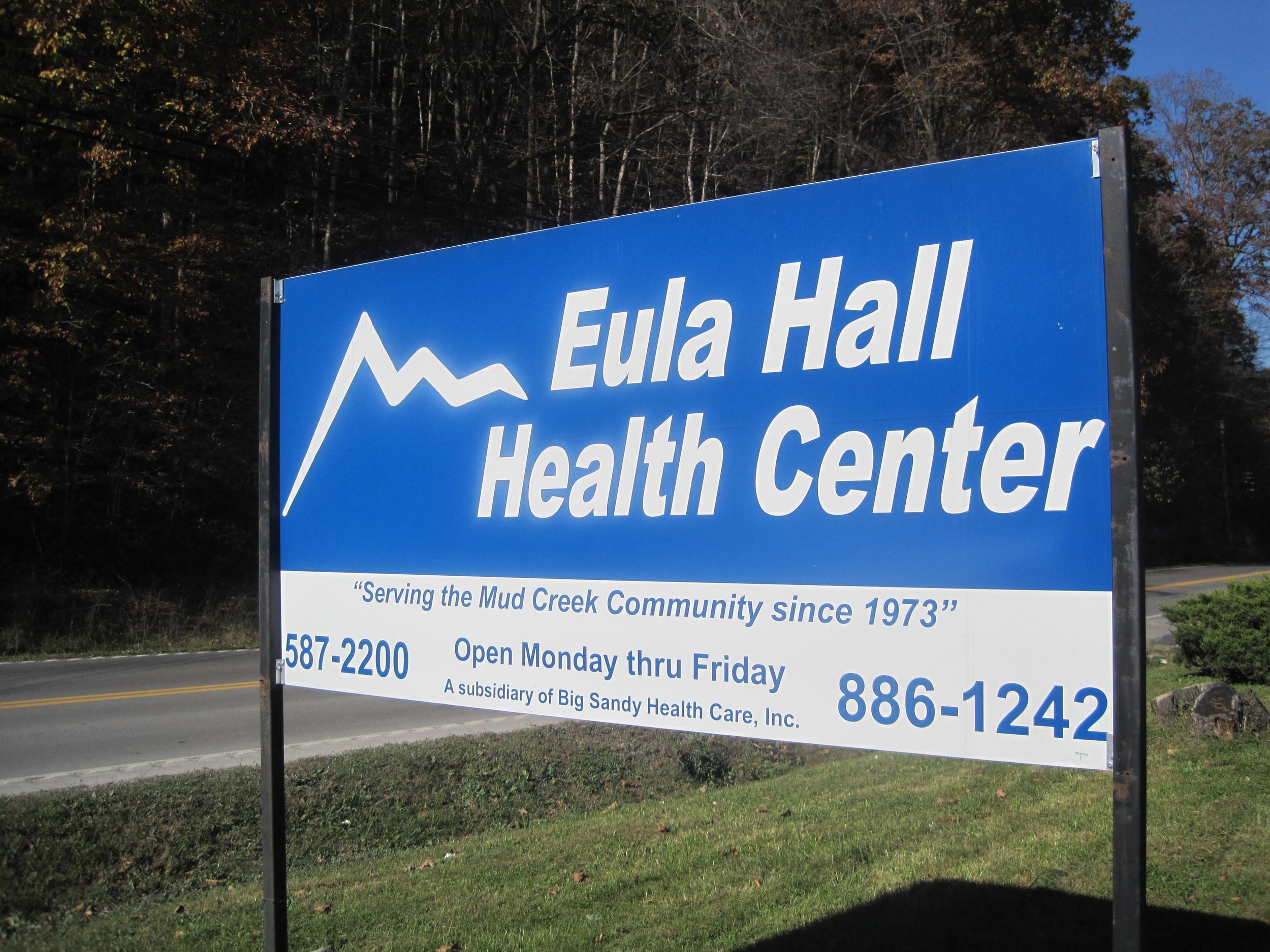 17-Eula Hall Health Center Sign.jpg