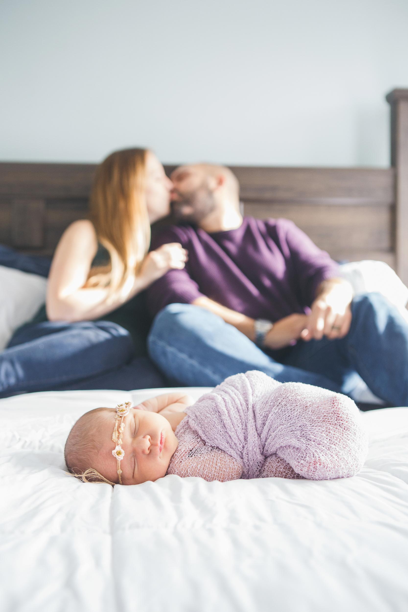 Rochester_NY_Lifestyle_Newborn_Photographer-36.jpg