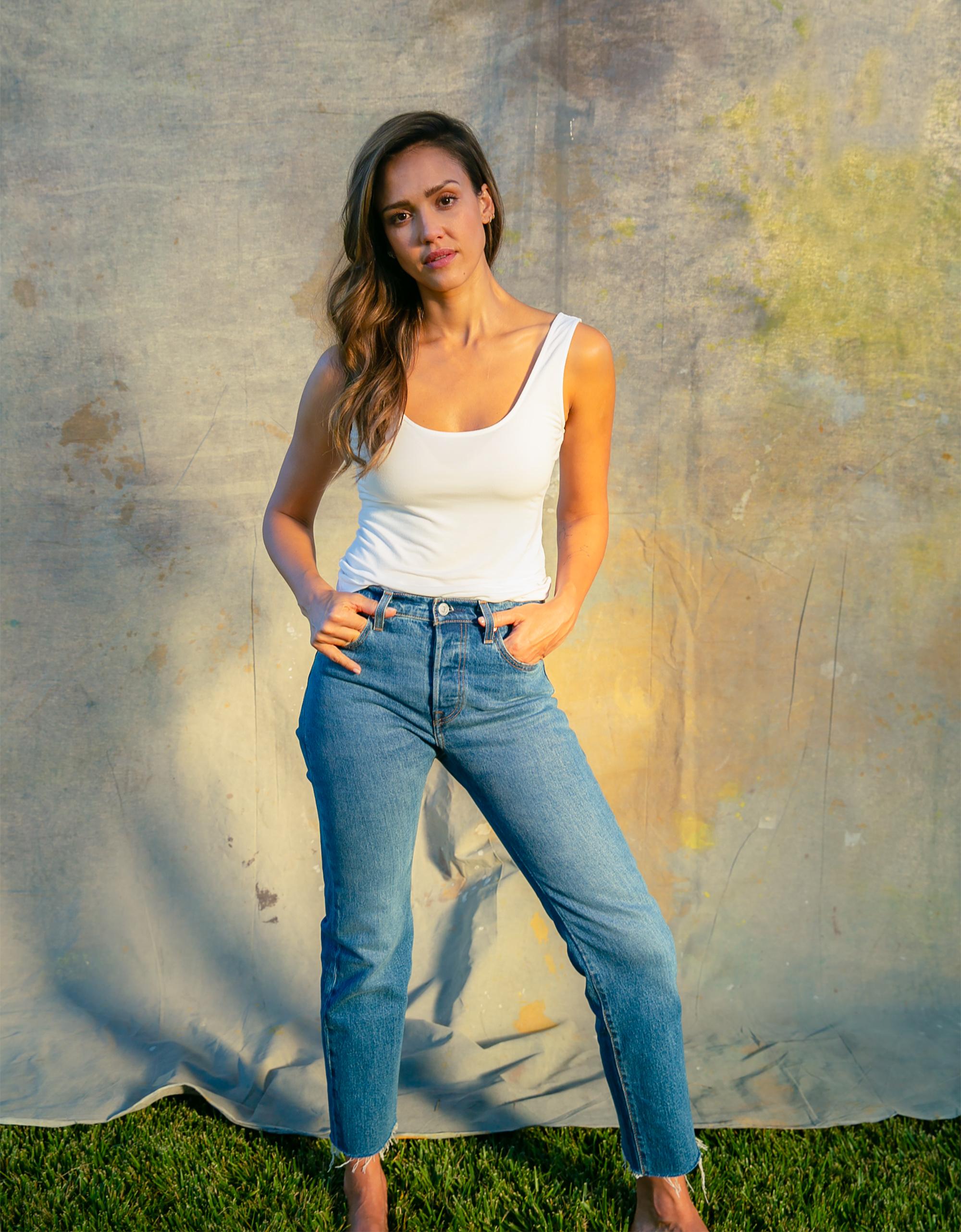 Jessica Alba x VOGUE