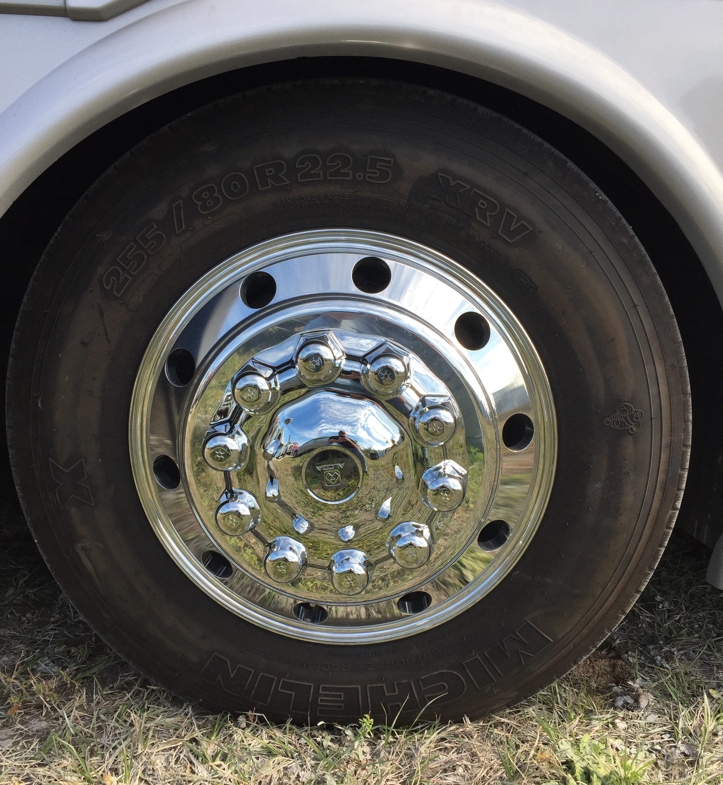 This is a new set of Alcoa Aluminum Alloy Rims We installed on this RV with a new set of Michelin XRV Tires.