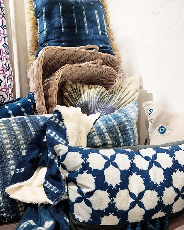 Textiles on textiles 🔵⚪️ - you can never have too many pillows and throws, right? Many of which we carry are handmade and individually chosen.  #georgetowndc #shopsmall #shoplocal #abmlifeisbeautiful #acreativedc #washingtondc #dc #pursuepretty #flashesofdelight #stylinginspo