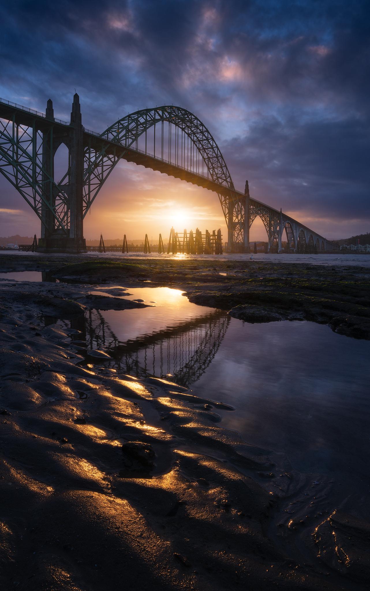Yaquina-bay-bridge-sunrise.jpg