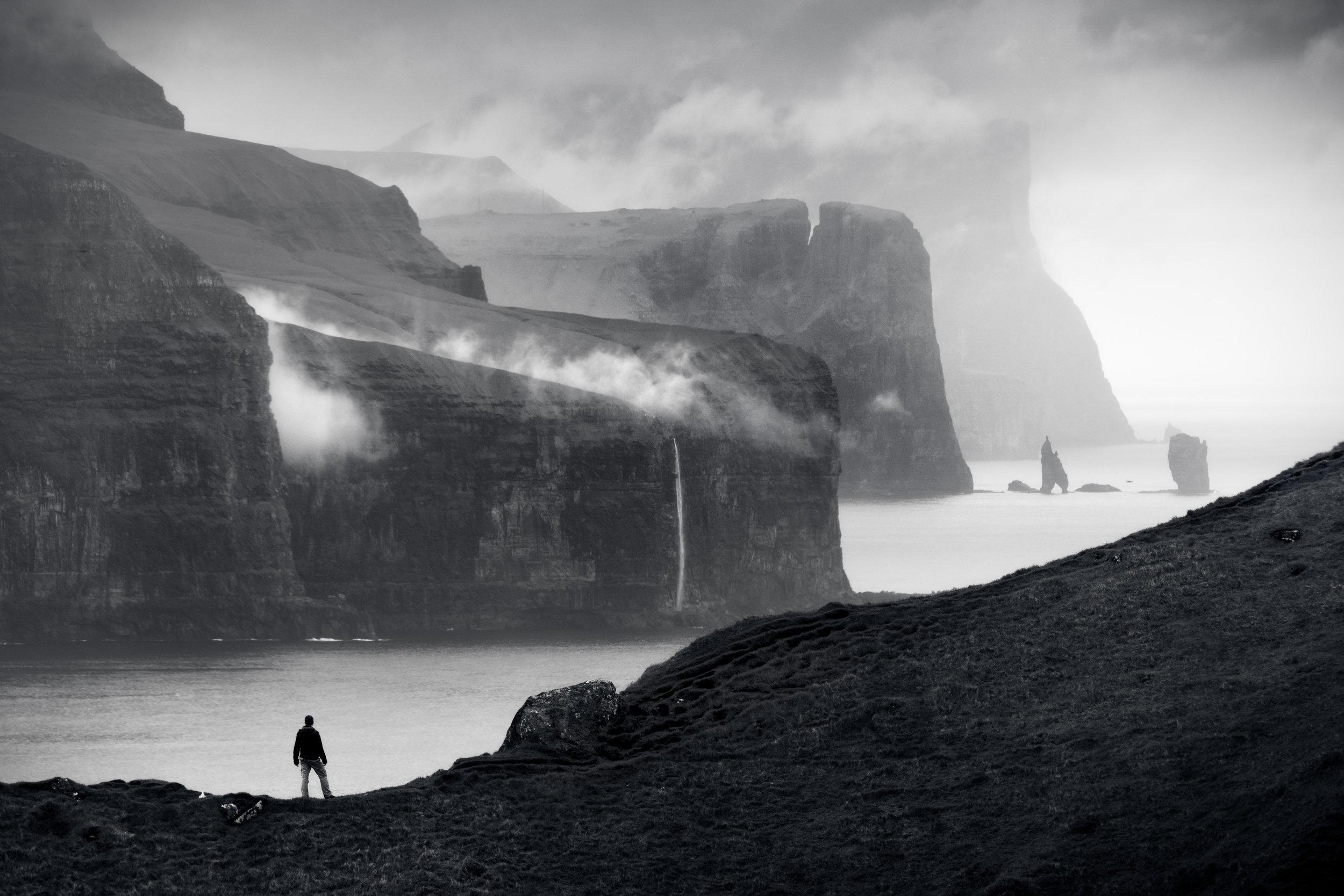 huge-black-and-white.jpg
