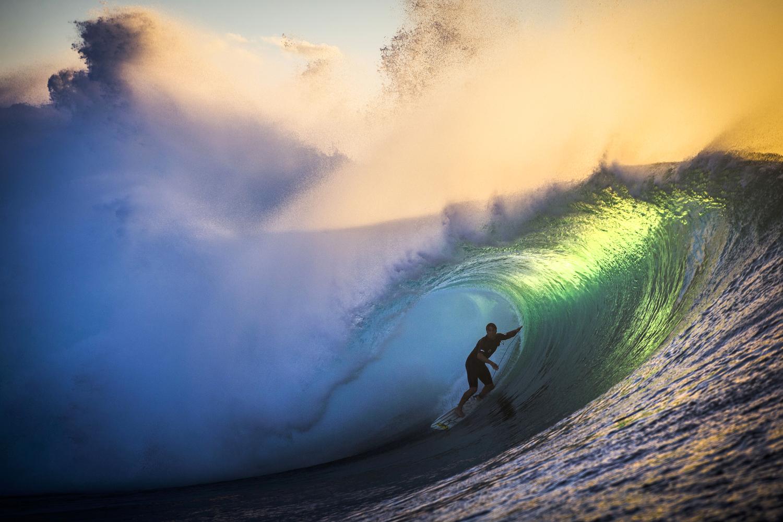 surfers003.JPG