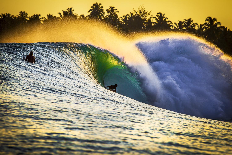 surfers005.JPG