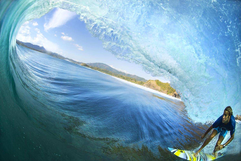 surfers021.JPG