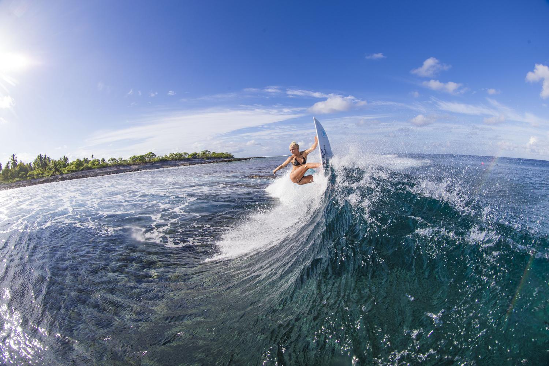surfers026.JPG