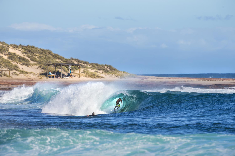 surfers058.JPG
