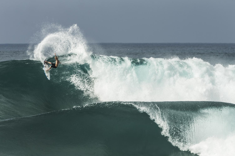surfers063.JPG