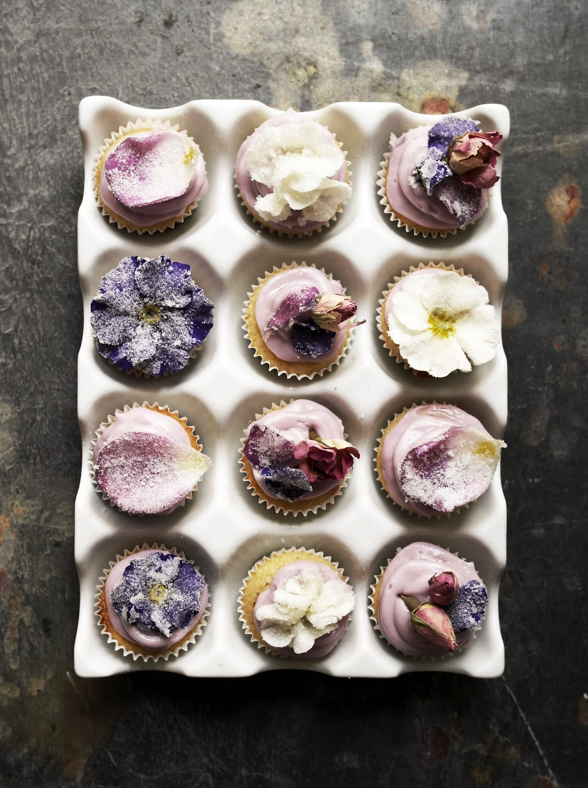 GORGEOUS work by Twigg Studios. New to me food & craft blog by Aimee Twigger out of the UK.