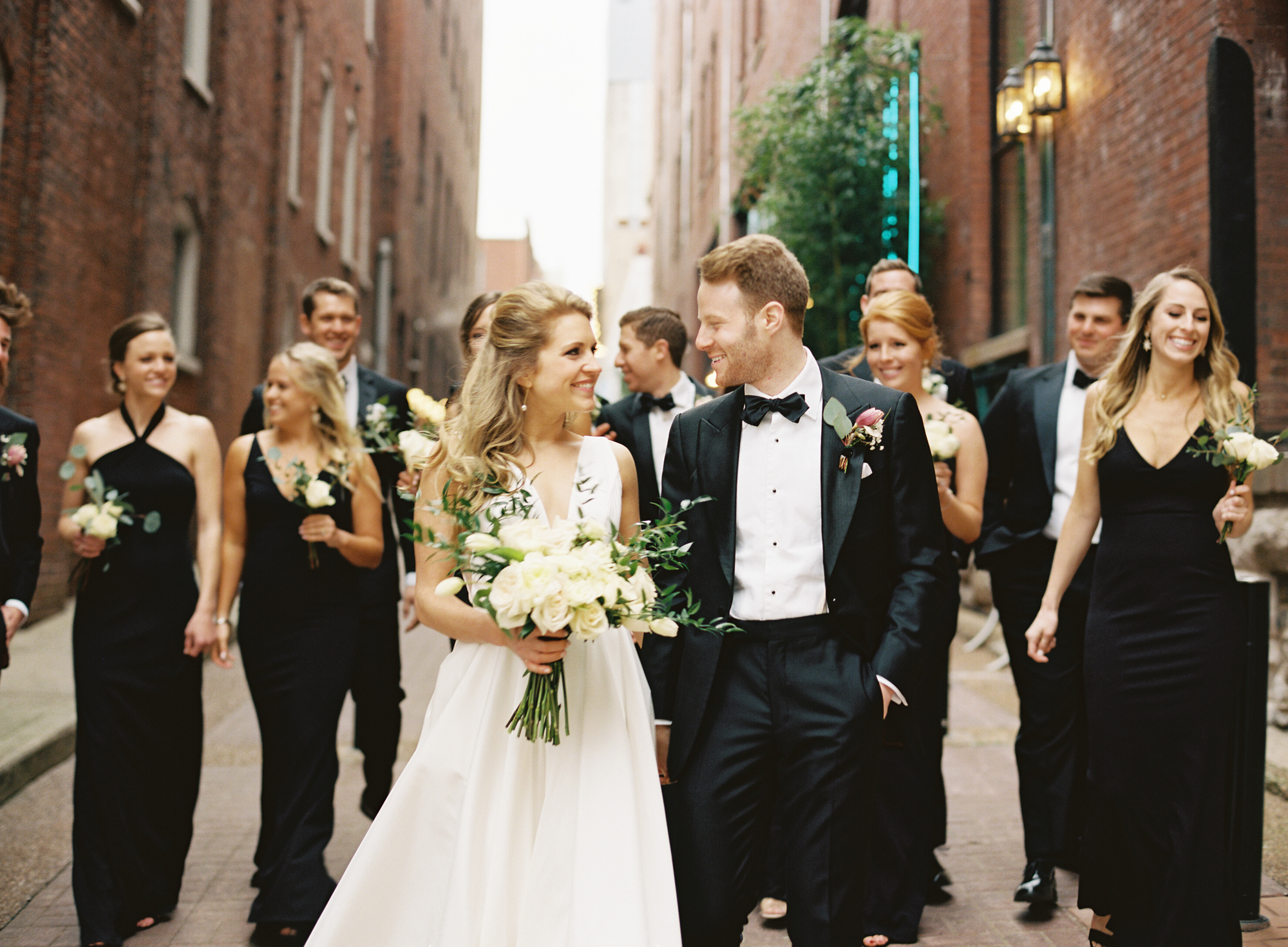 Nashville Wedding 21c Hotel and Museum-011.jpg