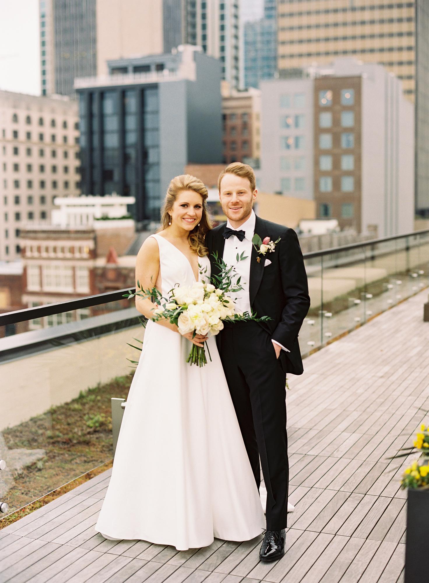 Nashville Wedding 21c Hotel and Museum-012.jpg