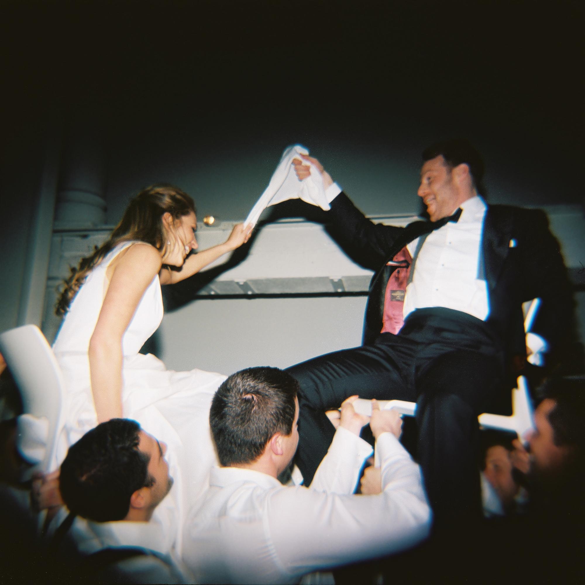 Nashville Wedding 21c Hotel and Museum-020.jpg