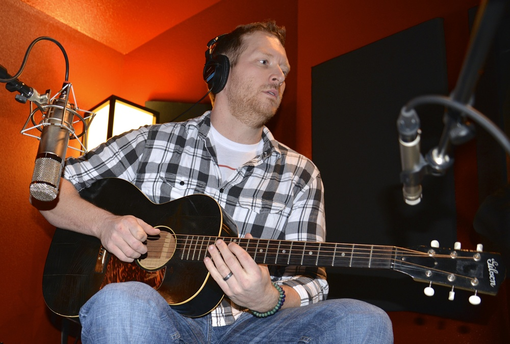 """Barrett Baber tracking acoustics for his song """"Get There from Here"""" with our 1937 Gibson L00."""