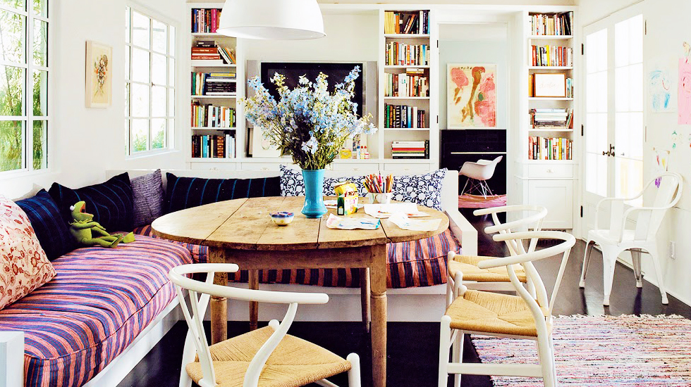 --via Domaine Home / photo by Francois Halard....this is Amanda Peet's house!