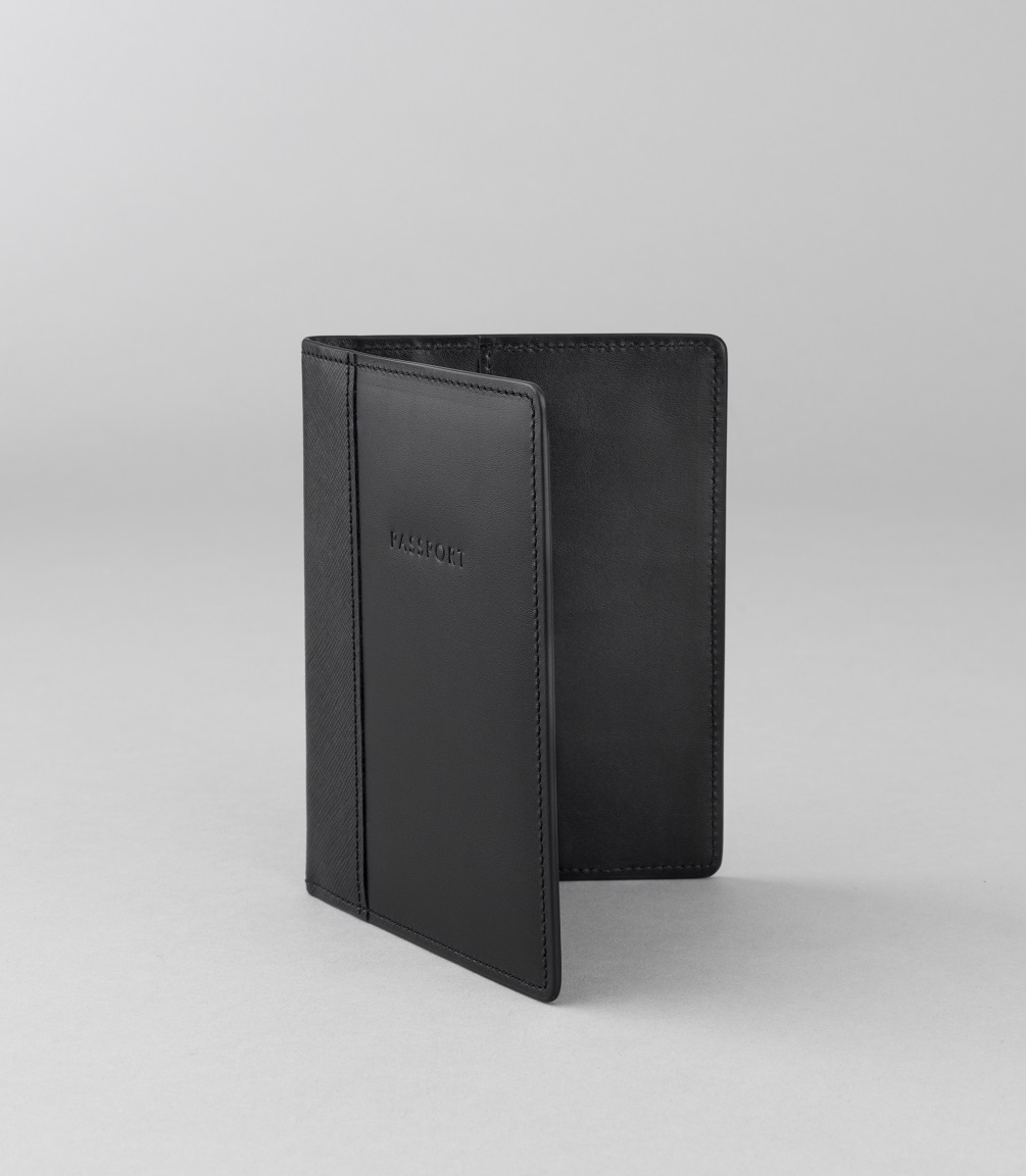 Globe-Trotter Limited Edition 'James Bond 007' Collection Passport Holder. $145