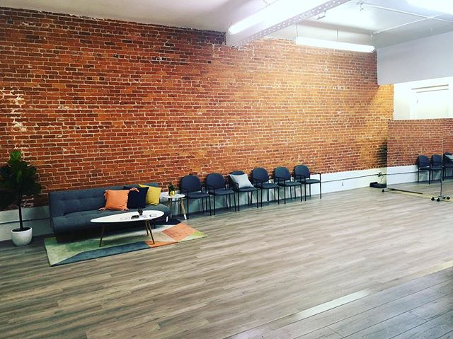 Our newly renovated studio in Los Feliz/ East Hollywood is stunning!!! ANNOUNCEMENT: We have brand new ballroom & salsa classes starting very soon with @alballroomdance ! Reach out for details!! #takemyleadla #salsa #dancer #ballroomdance