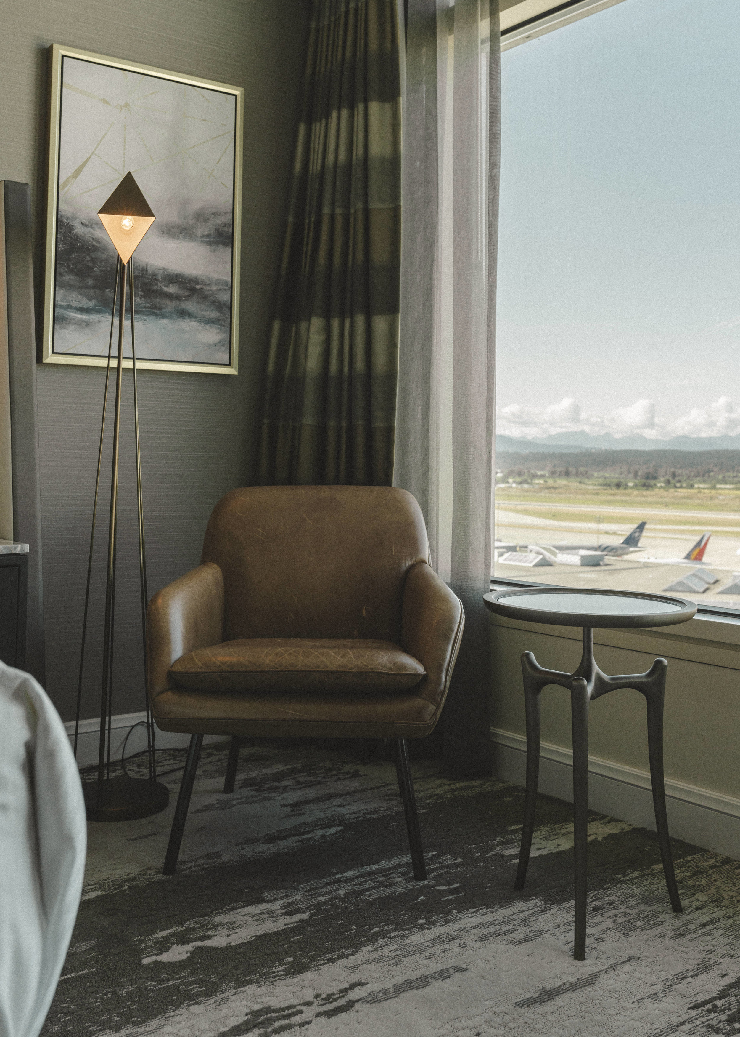 fairmont-vancouver-airport-hotel-by-lisa-linh