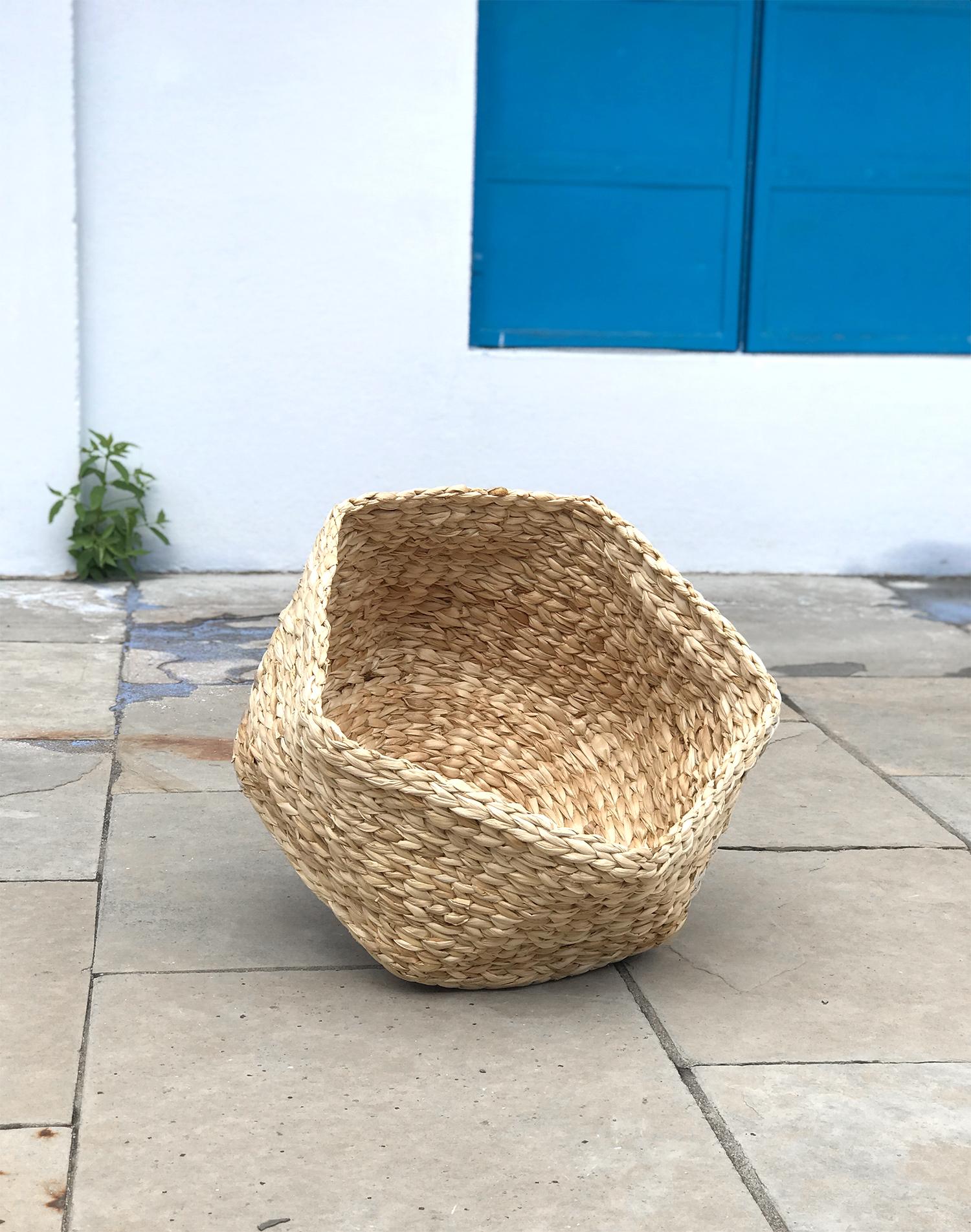 Step 4: The prototype of the polygon basket made of banana bark.