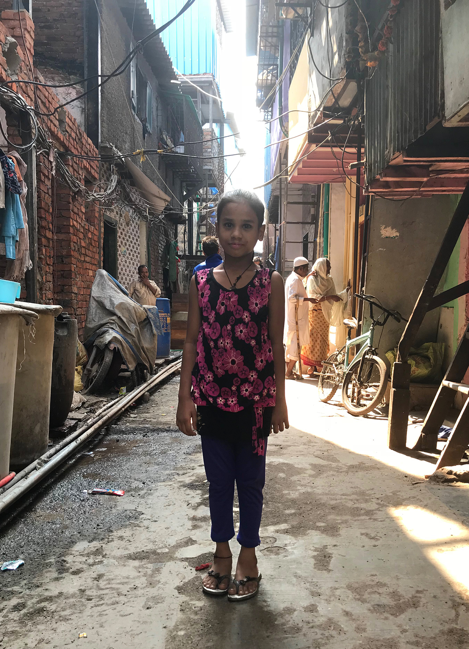 Girl in the streets of Dharavi, Mumbai