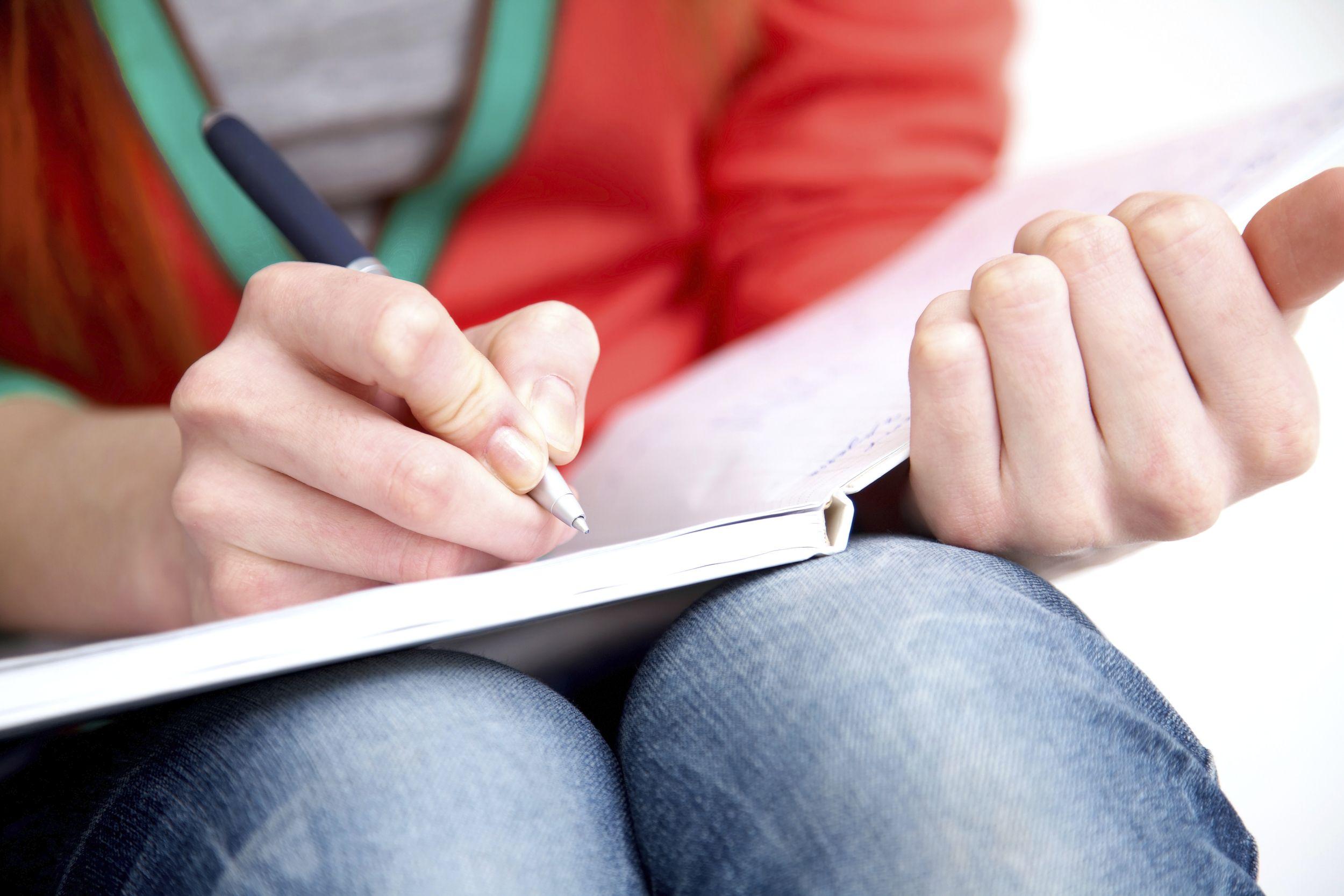 College essay helper free