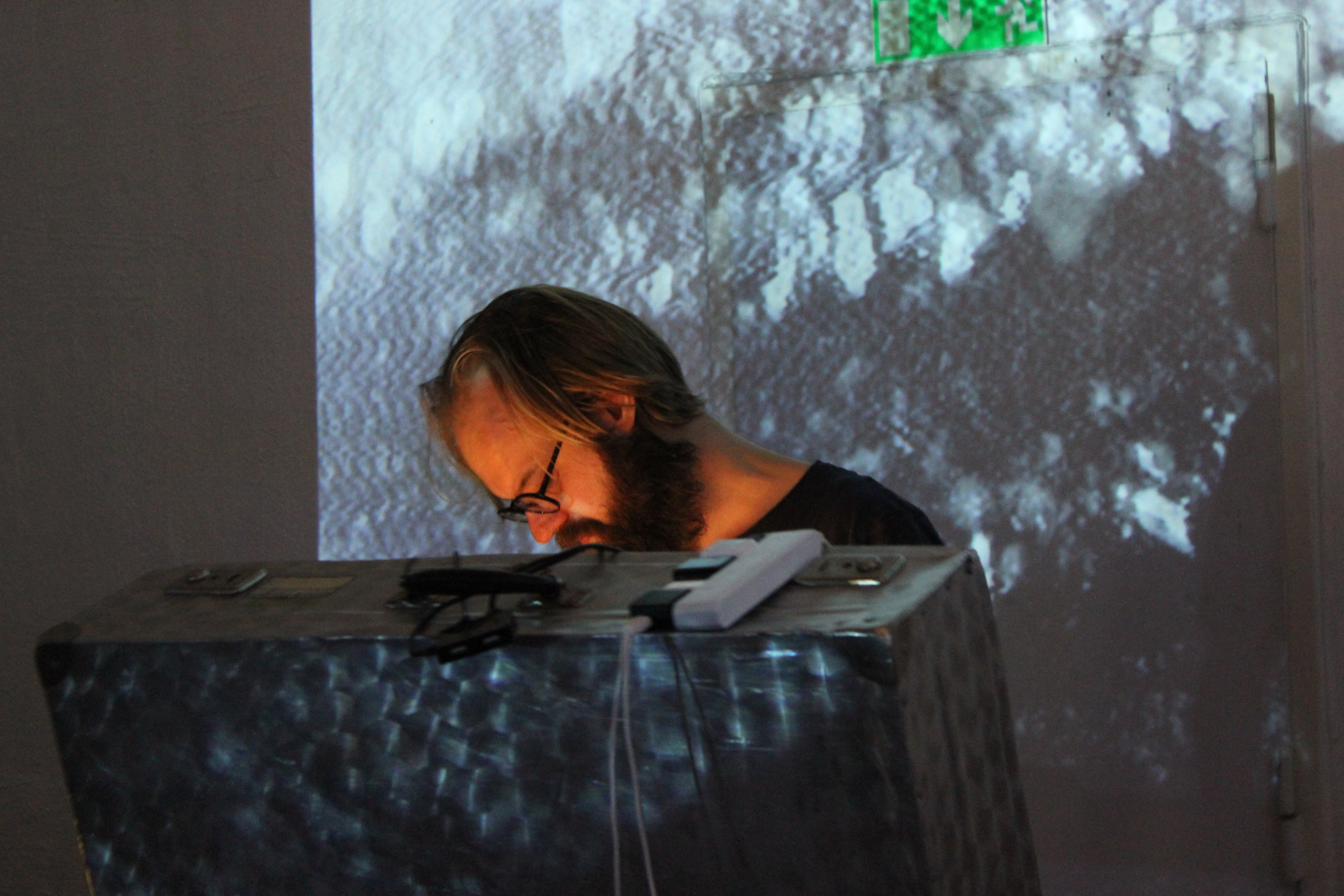 Nicklas Lundberg  squeezed our minds into his rabbit hole of twisted acid toy piano tunes.