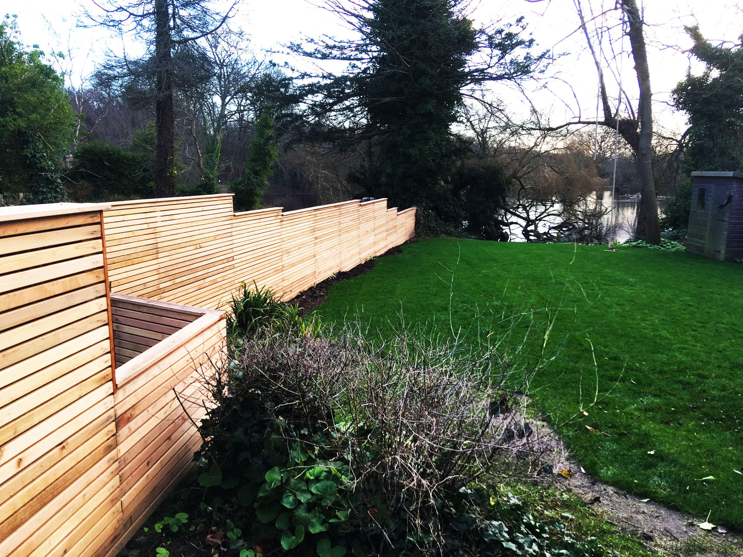 Batten-fence---Gallagher-gardens---Landscaping-Oxford.jpg