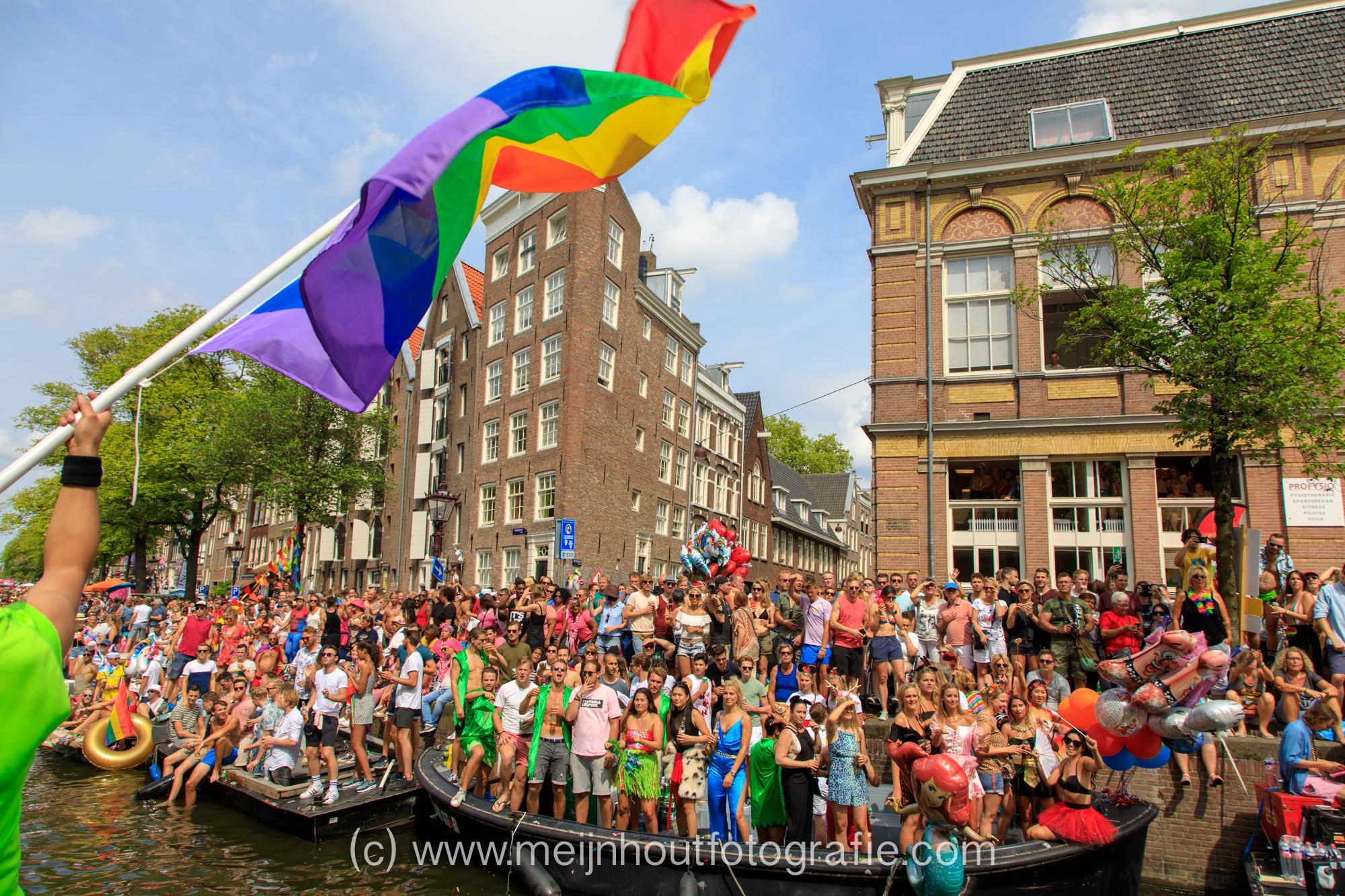 20180804-_MG_0348 Deloitte Gay Pride 2018.jpg