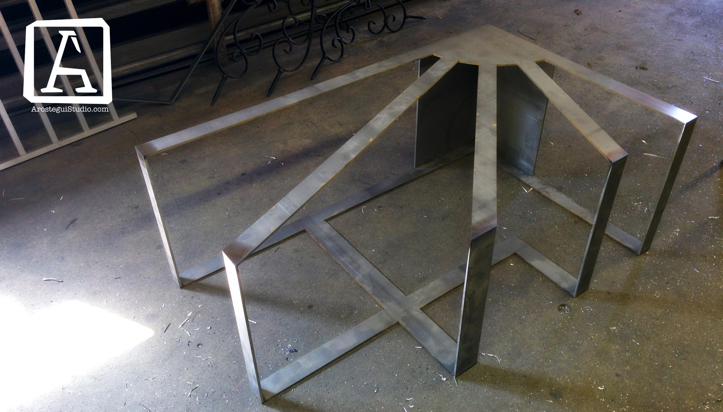 Solero coffee table 3- Arostegui Studio copy.jpg