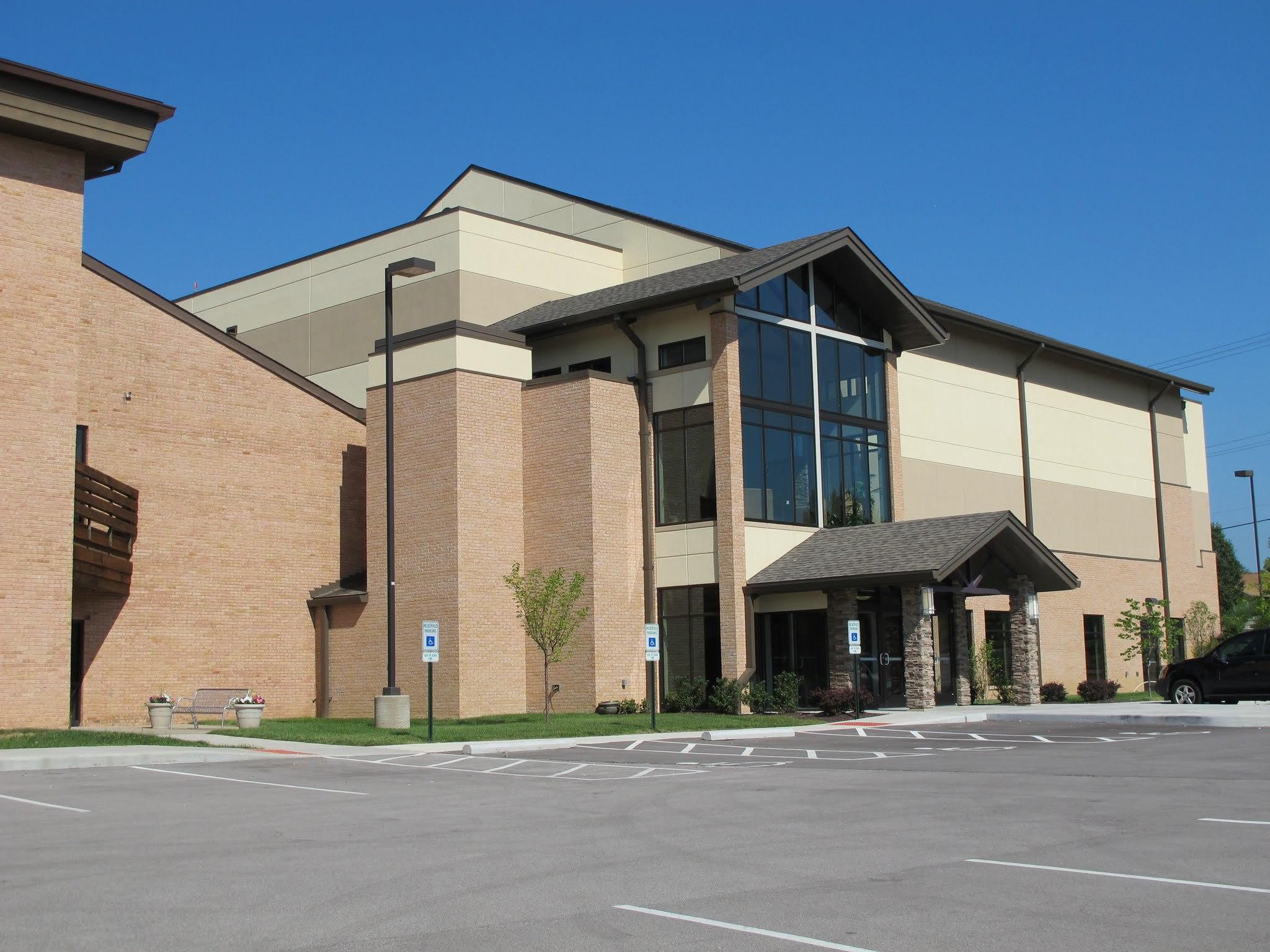 grace community chapel church childrens entrance.JPG