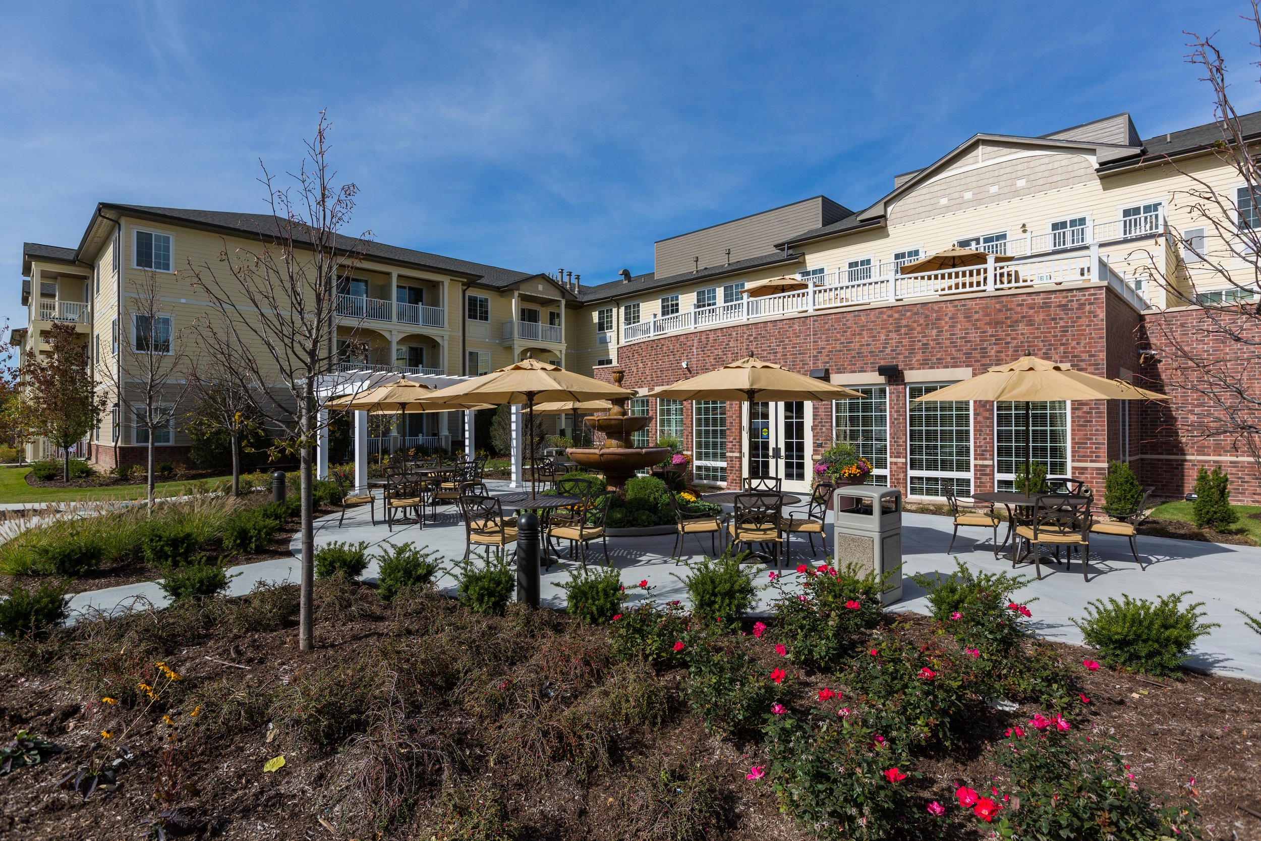 Green Oaks Independent Living, Assisted Living & Memory Care Patio.jpg