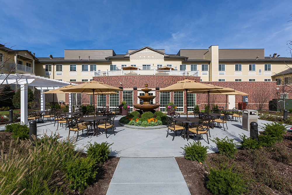 Green Oaks Independent Living, Assisted Living & Memory Care Wide View of Patio.jpg