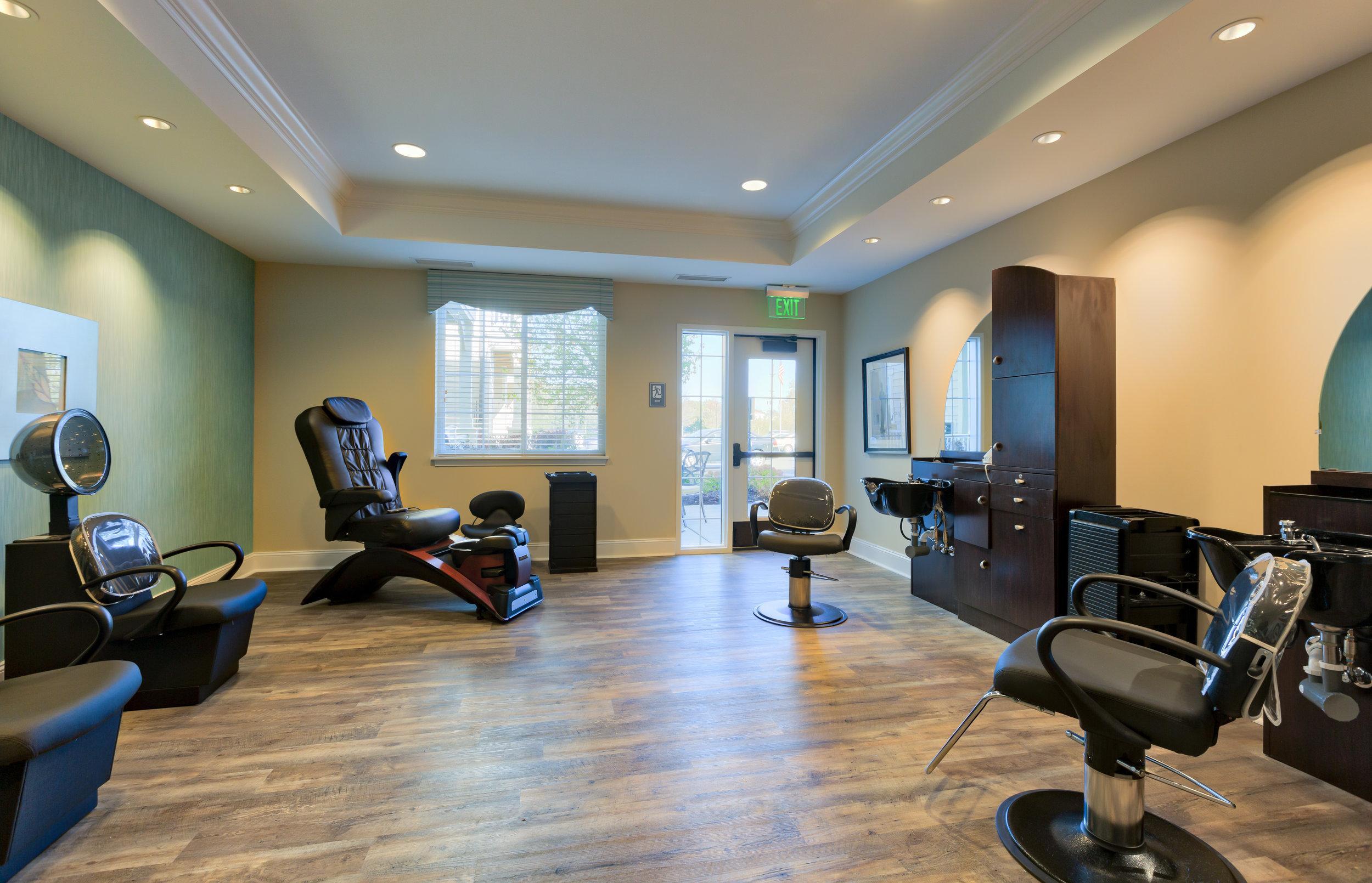 Green Oaks Independent Living, Assisted Living & Memory Care Salon.jpg