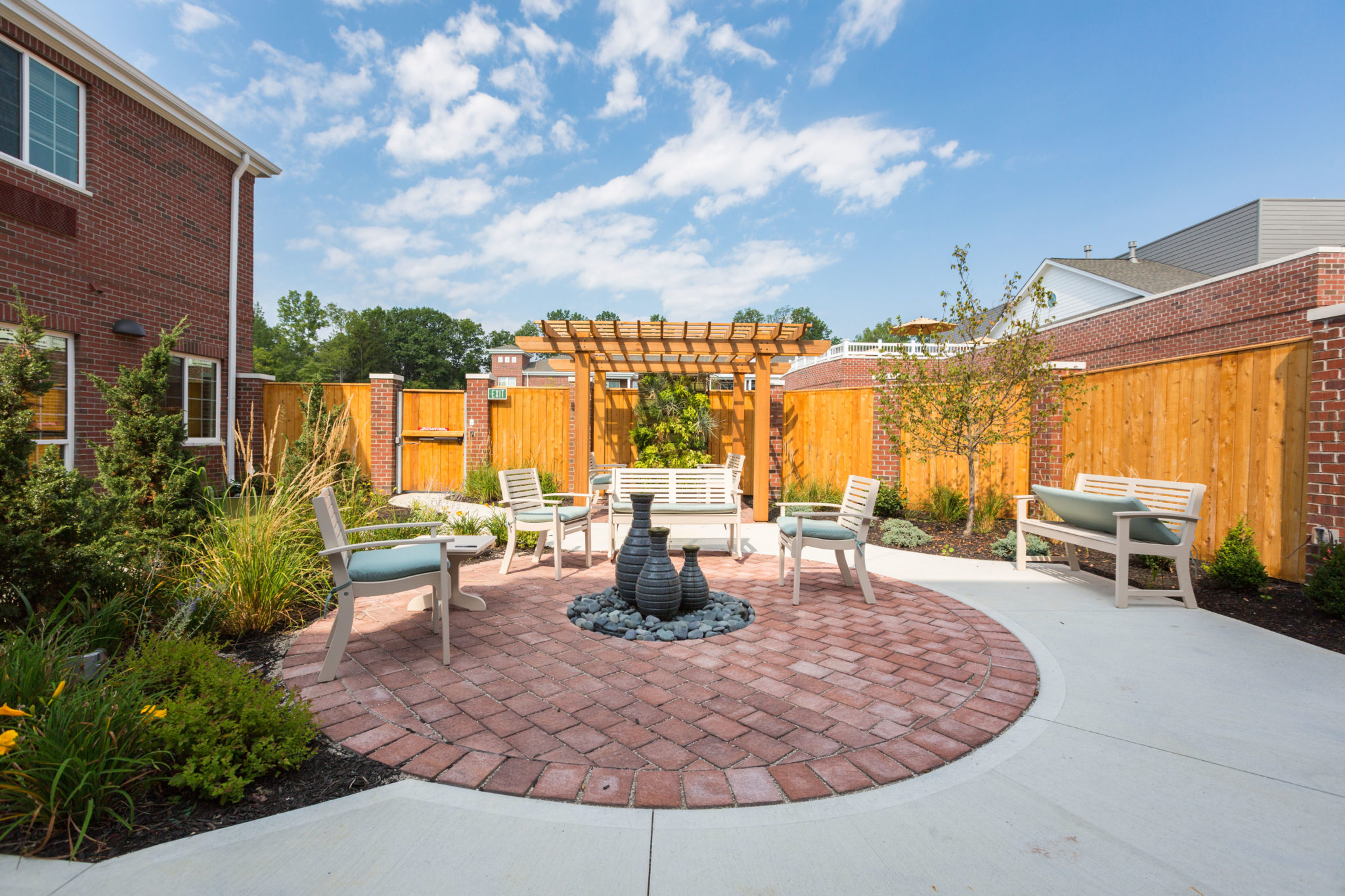 Three Creeks Assisted Living & Memory Care Courtyard.jpg
