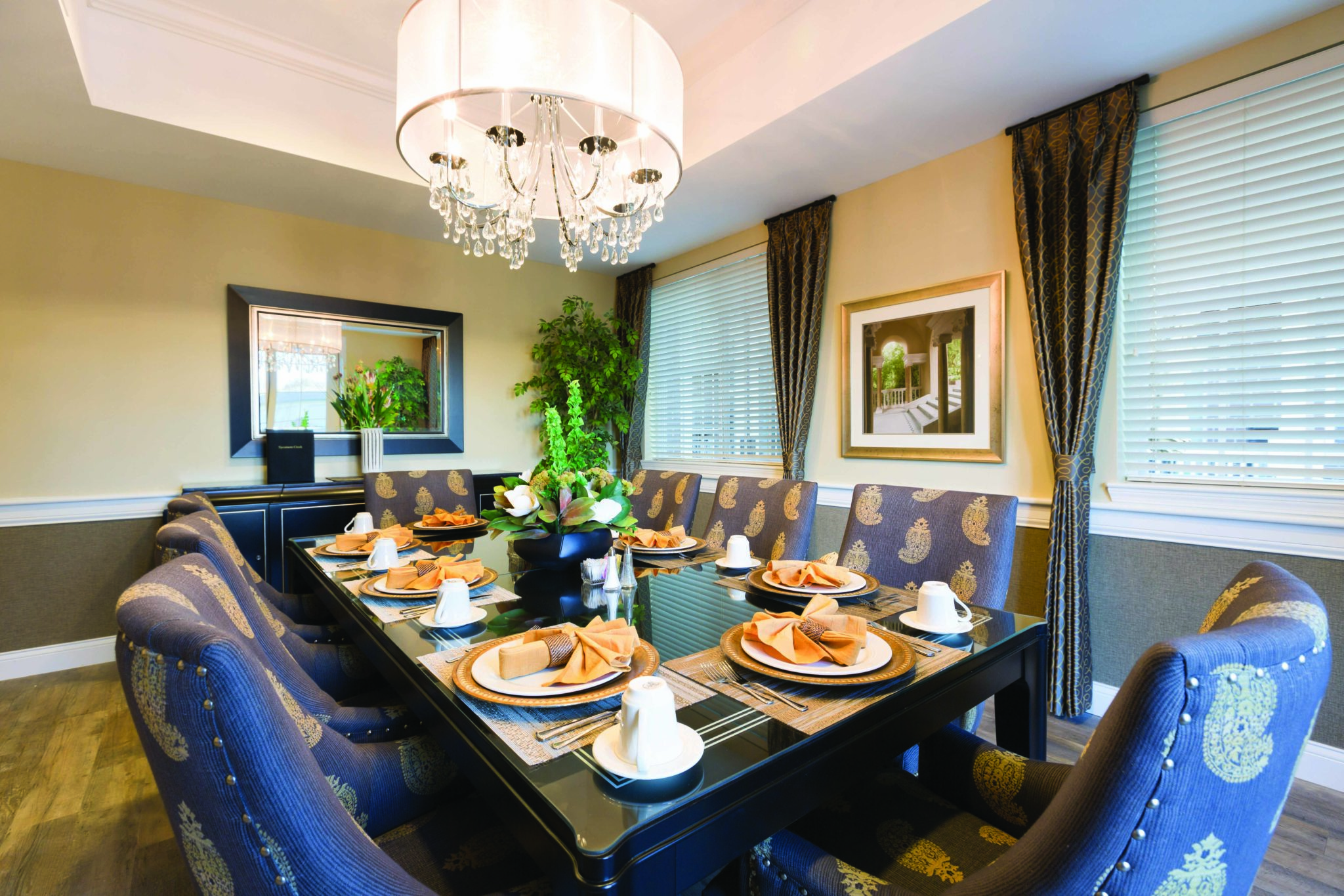 Sycamore Creek Independent Living Dining Room.jpg