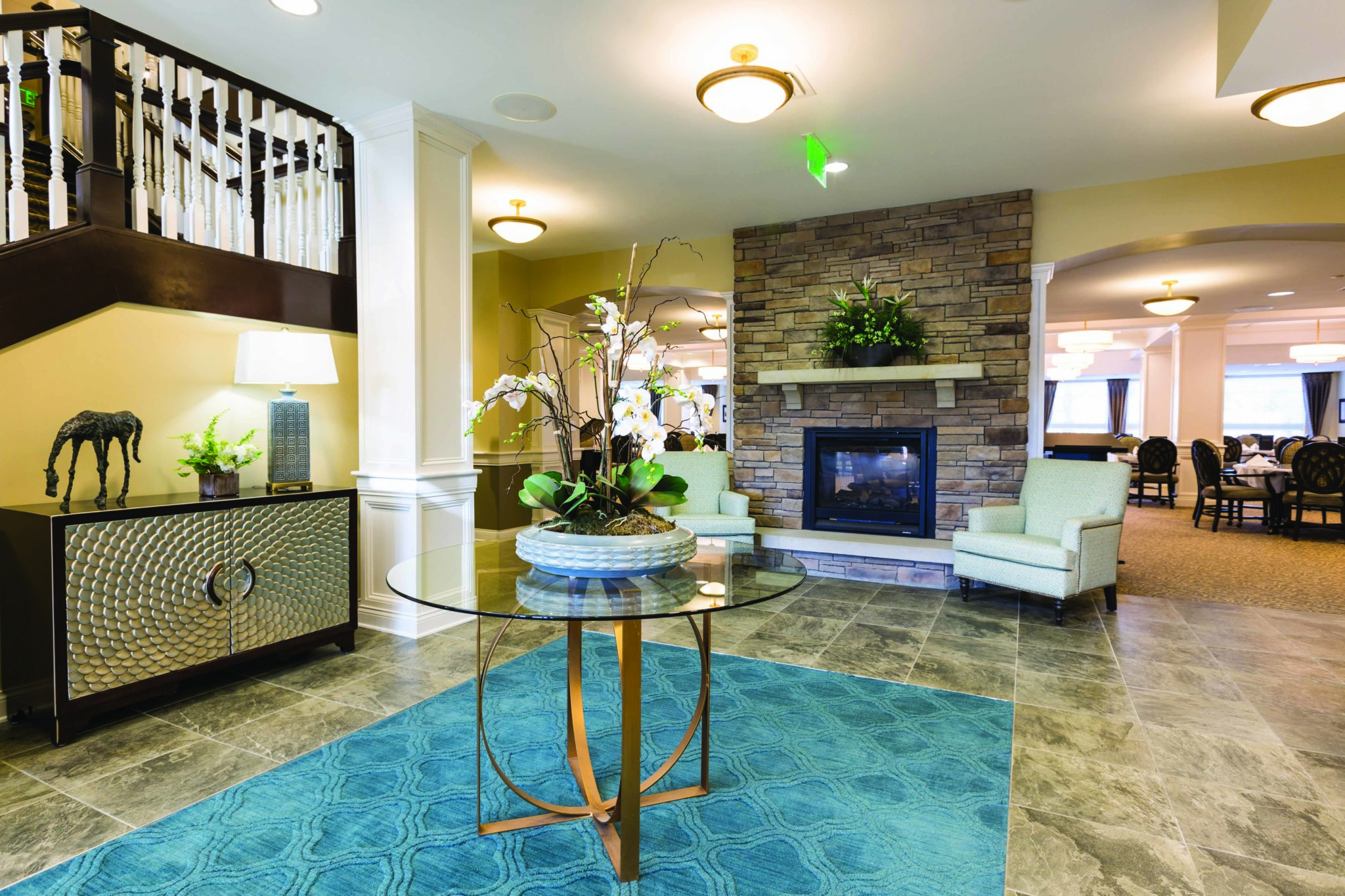 Sycamore Creek Independent Living Lobby 2.jpg