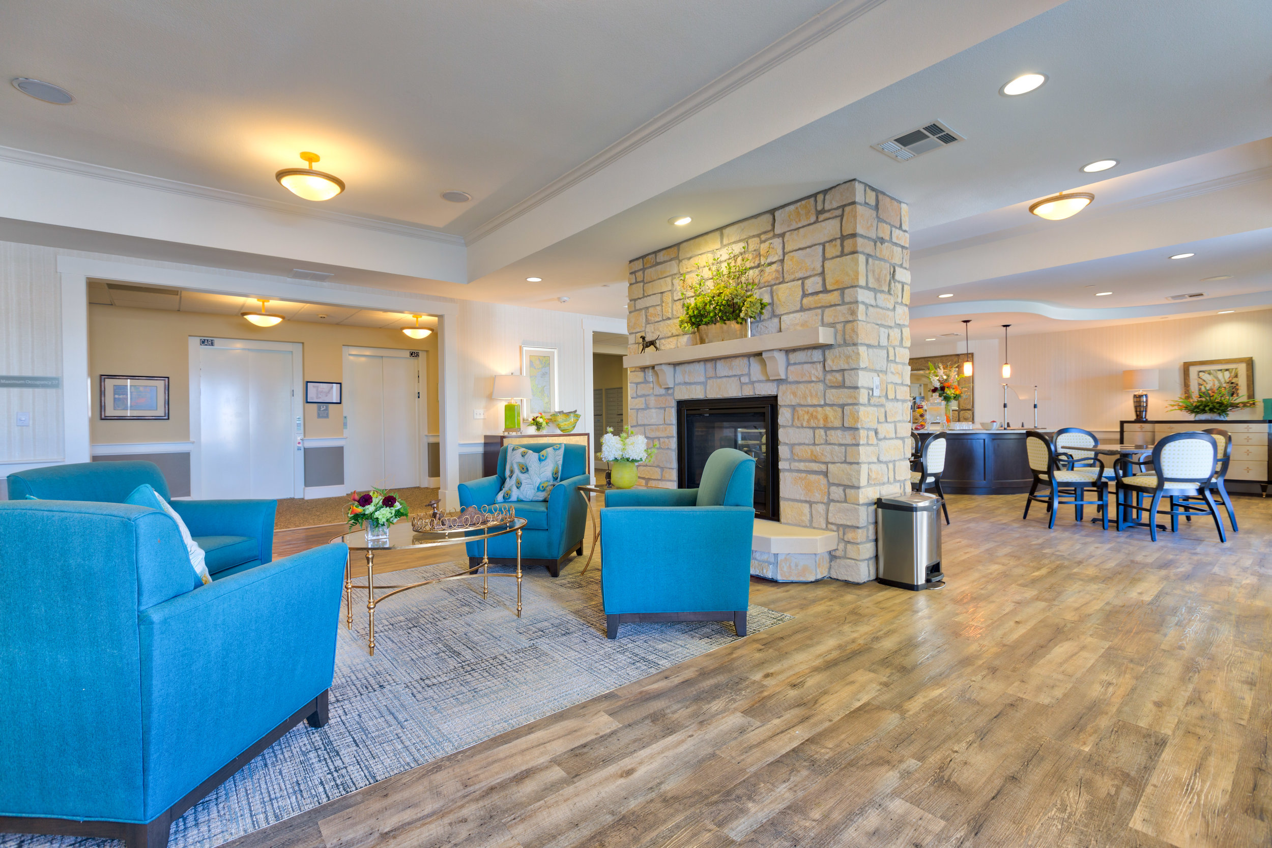 Lake Travis Independent Living Sitting Area.jpg