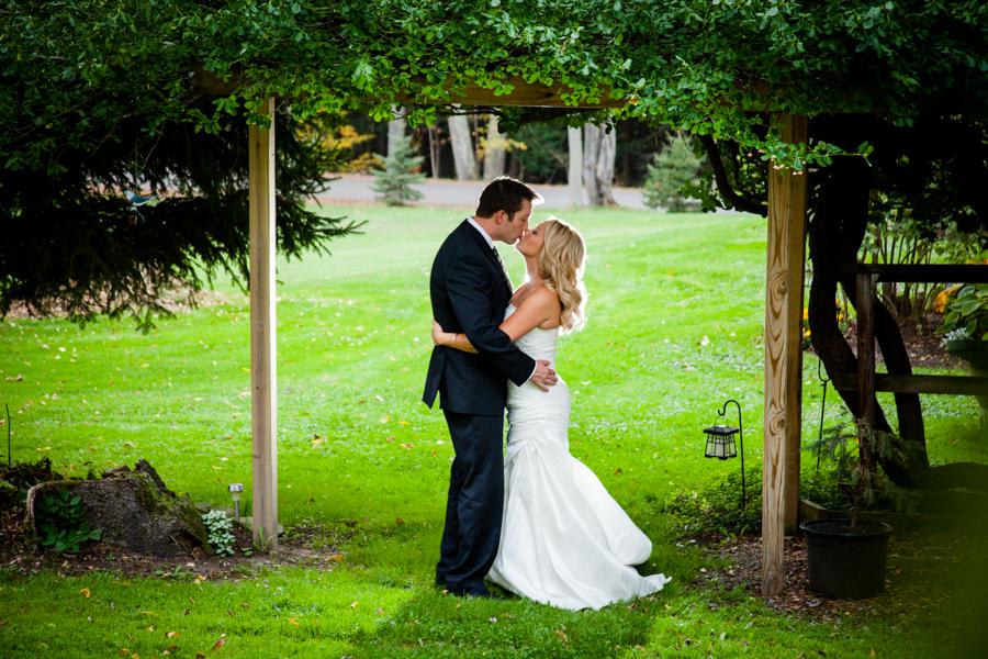 Bride-Groom-Tree-Awning-Photograph