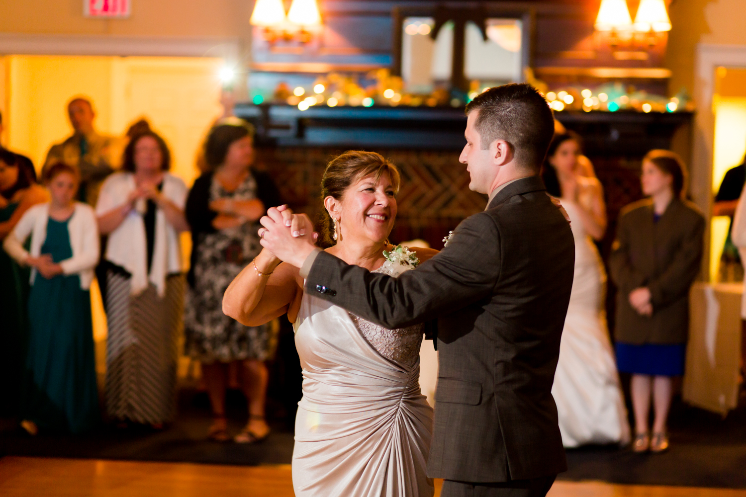 Mother and son dance at the wedding