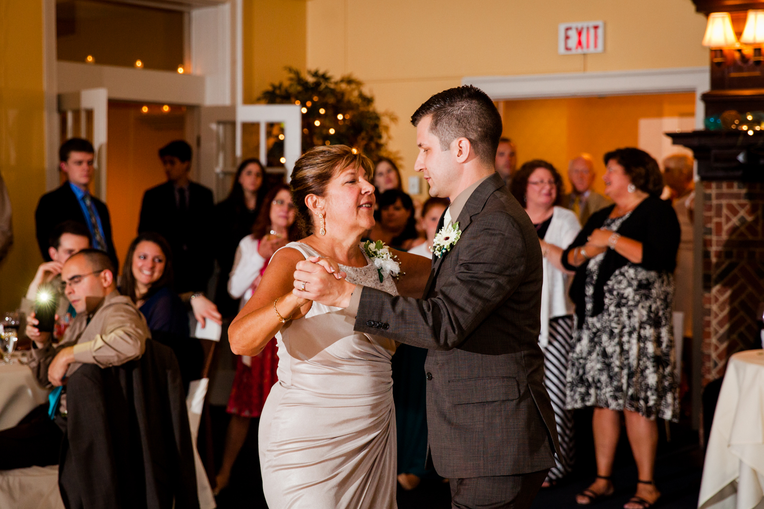 Mother son dance at Bellevue Country Club