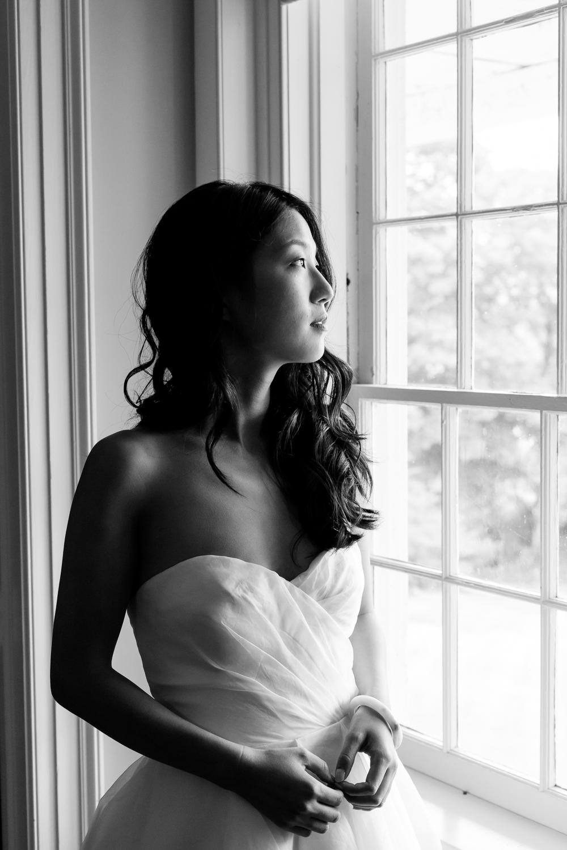 Fontainebleau Inn bride
