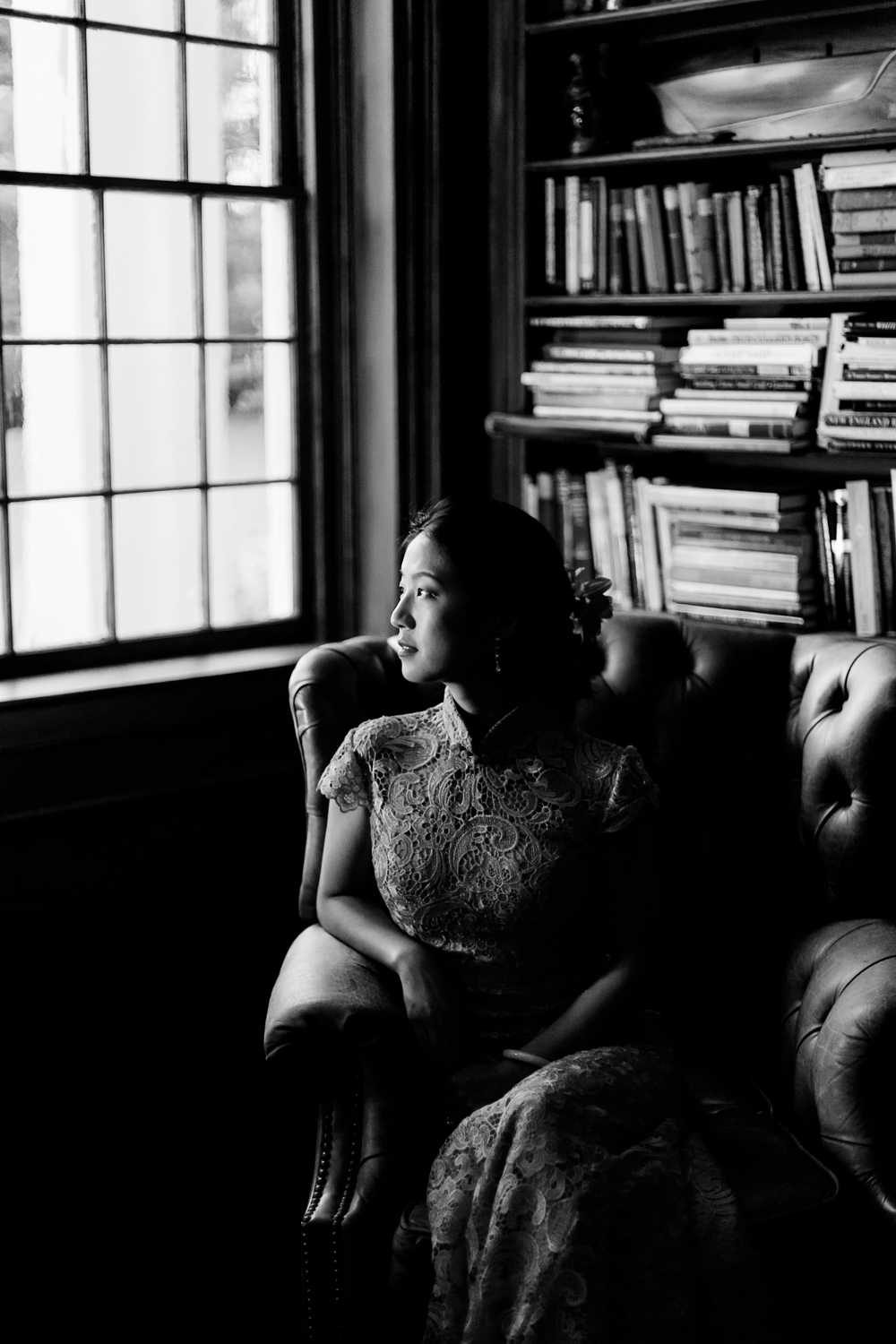 moody bridal photograph at the Fontainebleau Inn
