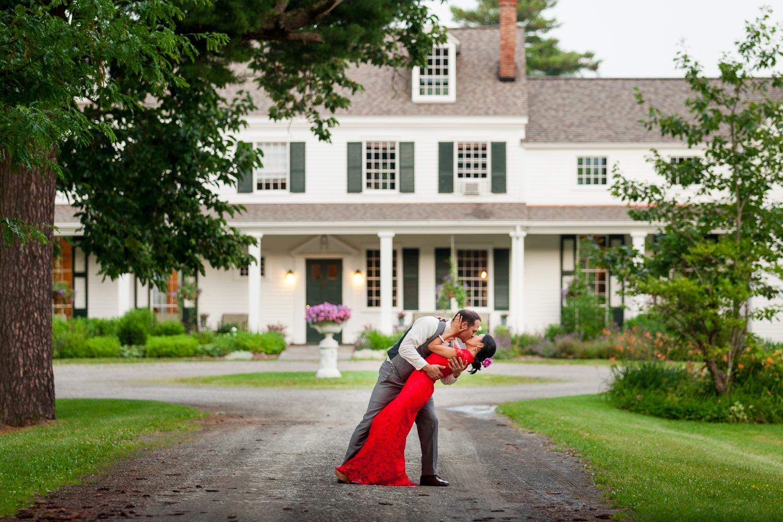 groom dips bride