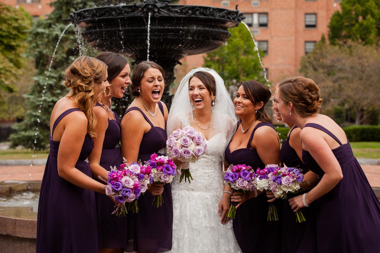 bridesmaids_laugh