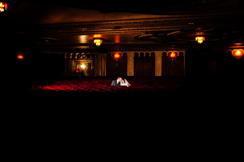 bride_groom_in_theatre